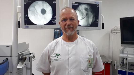 El Hospital de Valme colabora en un estudio nacional que logra reducir la recurrencia de los cálculos renales