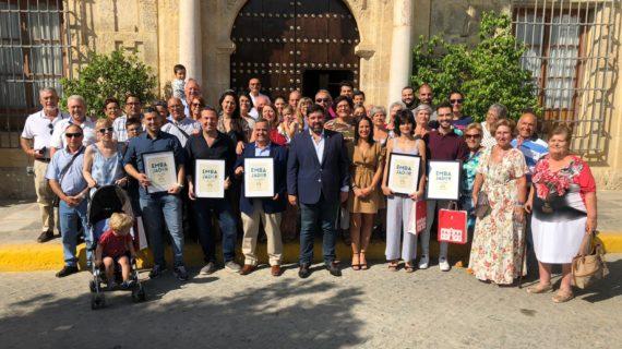 Nueva entrega del reconocimiento de 'Embajadores de Lora del Río' a cinco vecinos