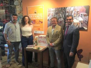 Juan Manuel Tarquini, propietario de Vinería San Telmo; Manuela Cabello, vicepresidenta de Prodetur; Manuel Castilla, de la Asociación de Hostelería de Sevilla, y Amador Sánchez, gerente de Prodetur.