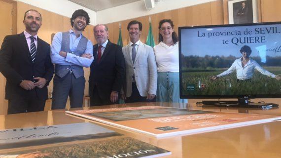 Manuel Lombo contribuye a la promoción turística de la provincia con la canción y el videoclip 'Sevilla'