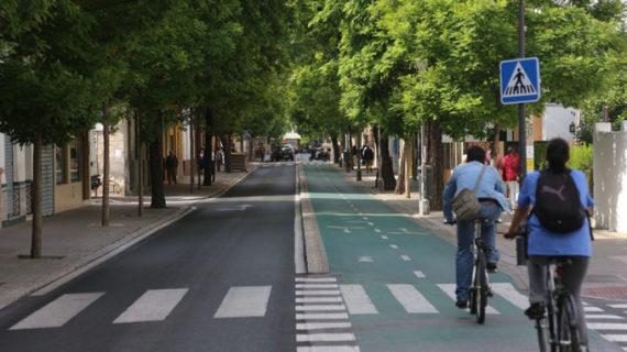 Sevilla reurbaniza la Avenida de la Cruz Roja planteando un modelo accesible y sostenible