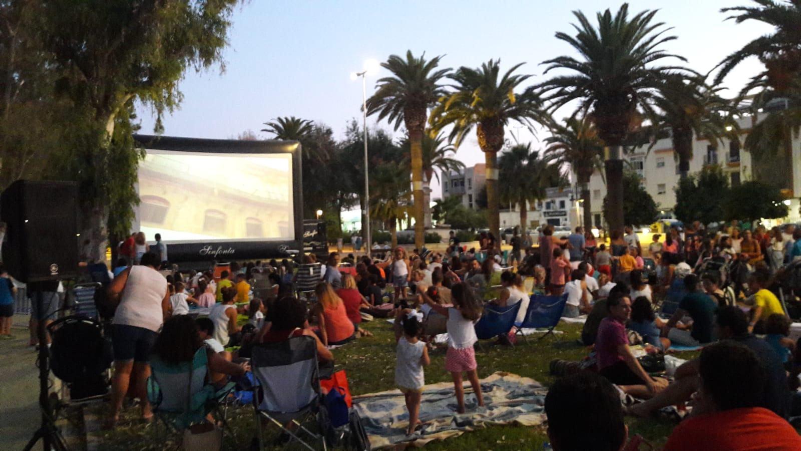 El cine de verano infantil de Écija reunió a 2.300 personas