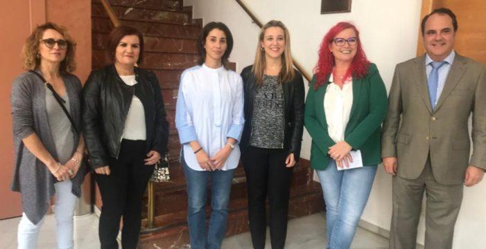 Alcalá de Guadaíra inaugura el curso con una clase de la matemática Clara Grima sobre su descubrimiento del 'escutoide'