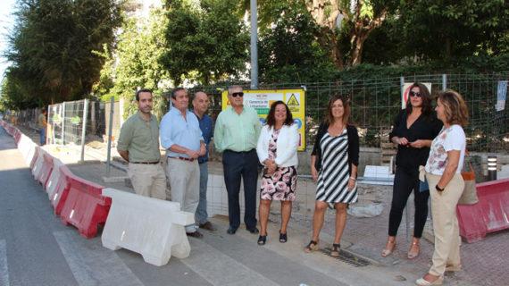 Acometen obras de mejora de la accesibilidad en la calle Virgen de la Antigua del Distrito Los Remedios