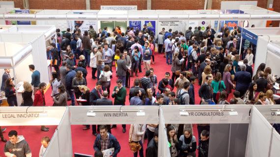 La VI Feria de empleo de la US, una vía hacia la inserción laboral de los estudiantes y egresados