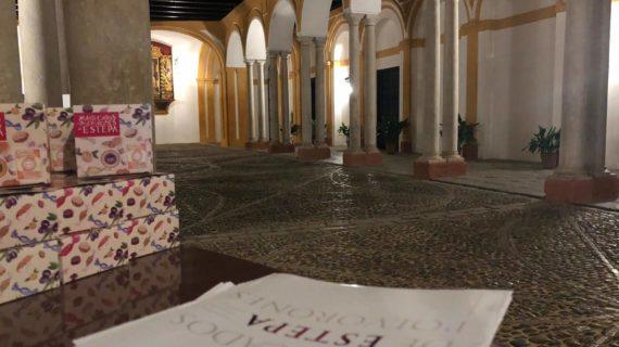 Mantecados y polvorones de Estepa protagonizan las últimas visitas nocturnas teatralizadas del Real Alcázar