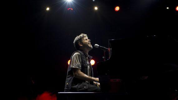 Utrera habilita un autobús gratuito para acudir al concierto de Pablo López en Sevilla