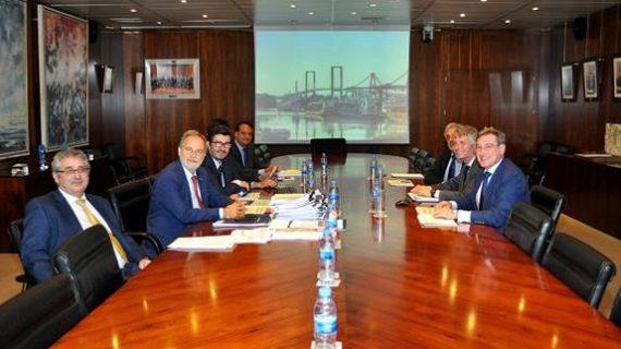 La Autoridad Portuaria y Puertos del Estado acuerdan el plan de empresa 2020 del Puerto de Sevilla