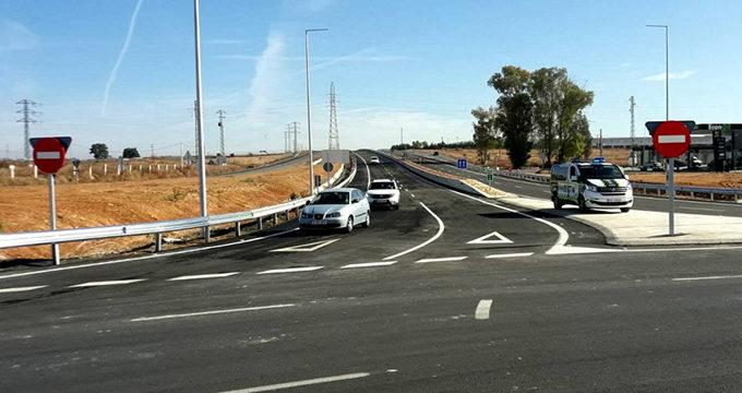 Entran en servicio dos carriles por sentido en la A-392, entre Alcalá de Guadaíra y El Tomillar