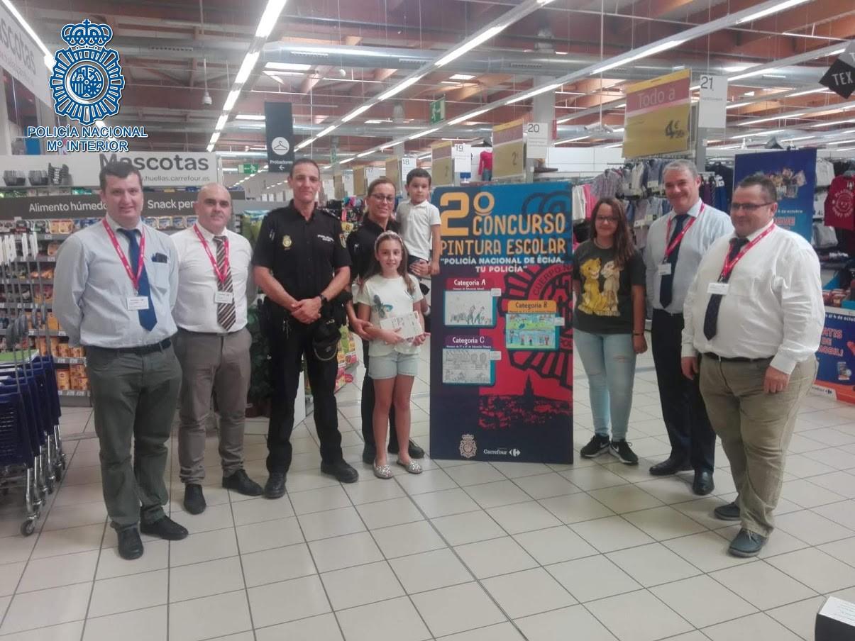 La Policía Nacional celebra el II Concurso de pintura escolar 'Policía Nacional de Écija, Tu Policía'