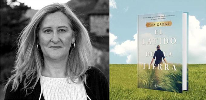 La autora de 'Palmeras en la nieve' presenta su nueva novela en el Centro Andaluz de las Letras