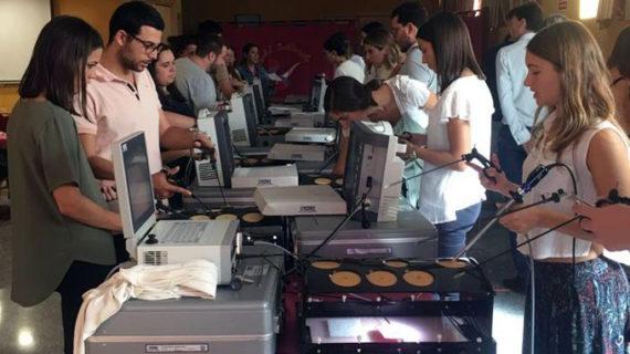 Ginecología del Valme organiza la formación de médicos residentes andaluces en cirugía endoscópica