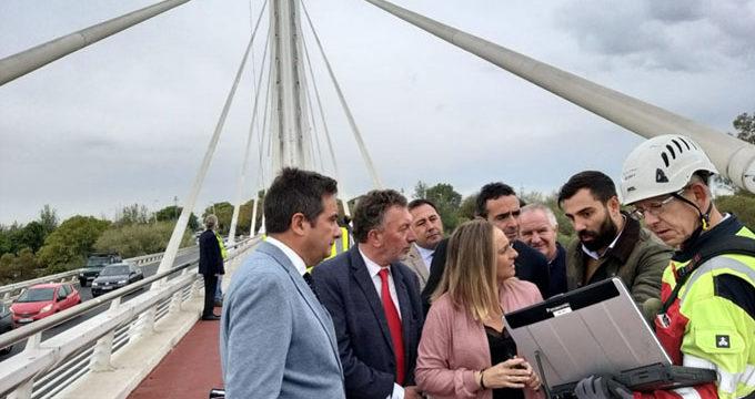El puente del Alamillo de Sevilla se somete a una revisión integral
