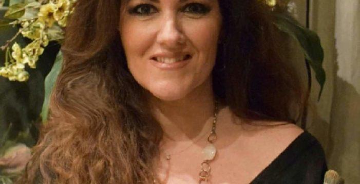Elena Montero, cartelista de las glorias de Sevilla 2020