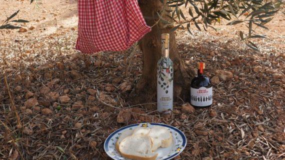'Entre Caminos', el aceite de La Roda de Andalucía que marca el camino de lo natural