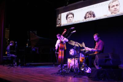 'Reis Demuth Wiltgen' abre en Gines el Festival Internacional de Jazz de la provincia