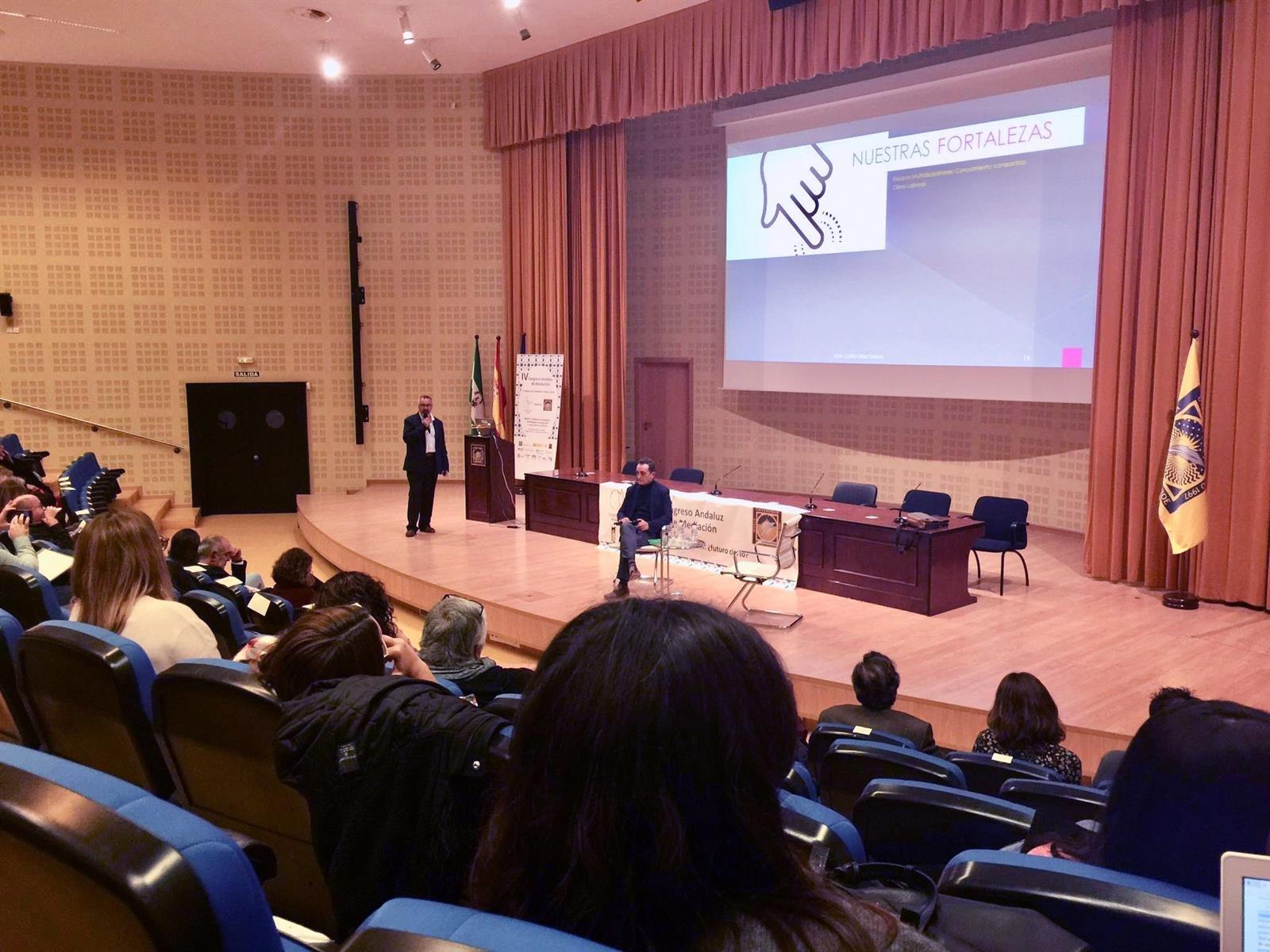 El  Macarena presenta su protocolo de resolución de conflictos en el IV Congreso Andaluz de Mediación
