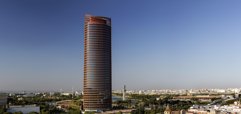 El Eurostars Torre Sevilla abrirá su terraza mirador a todo el público
