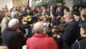 Los campanilleros de Tomares vuelven para anunciar la Navidad en sus calles
