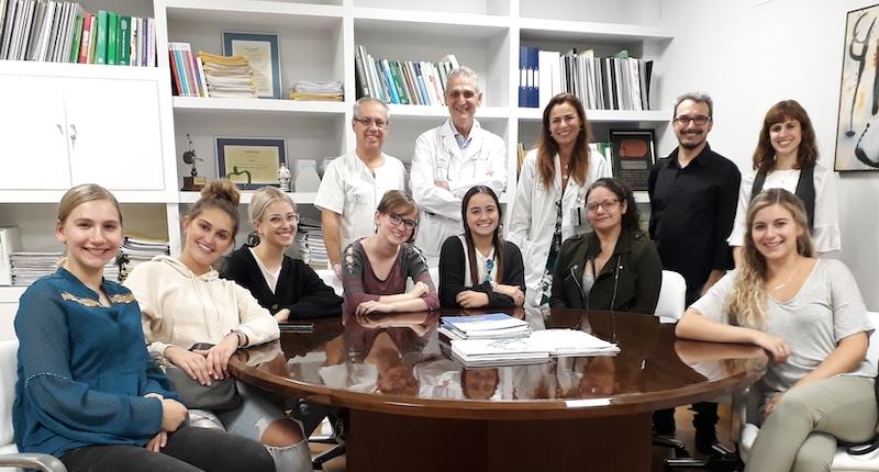 Varios estudiantes de Ciencias de la Salud norteamericanos visitan el Área de Radiodiagnóstico del Valme