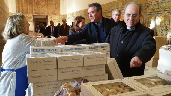 El Alcázar acoge la Muestra de Dulces Conventuales con 6.000 kilos de 290 variedades