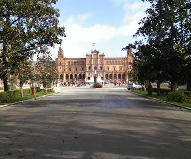 Reabiertos los parques y la Plaza de España de la capital tras el paso de 'Elsa'
