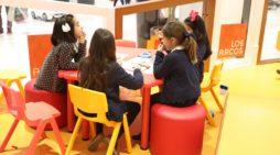 Los Arcos acoge más de 200 metros de Nacimiento Solidario del Colegio de Educación Especial San Pelayo