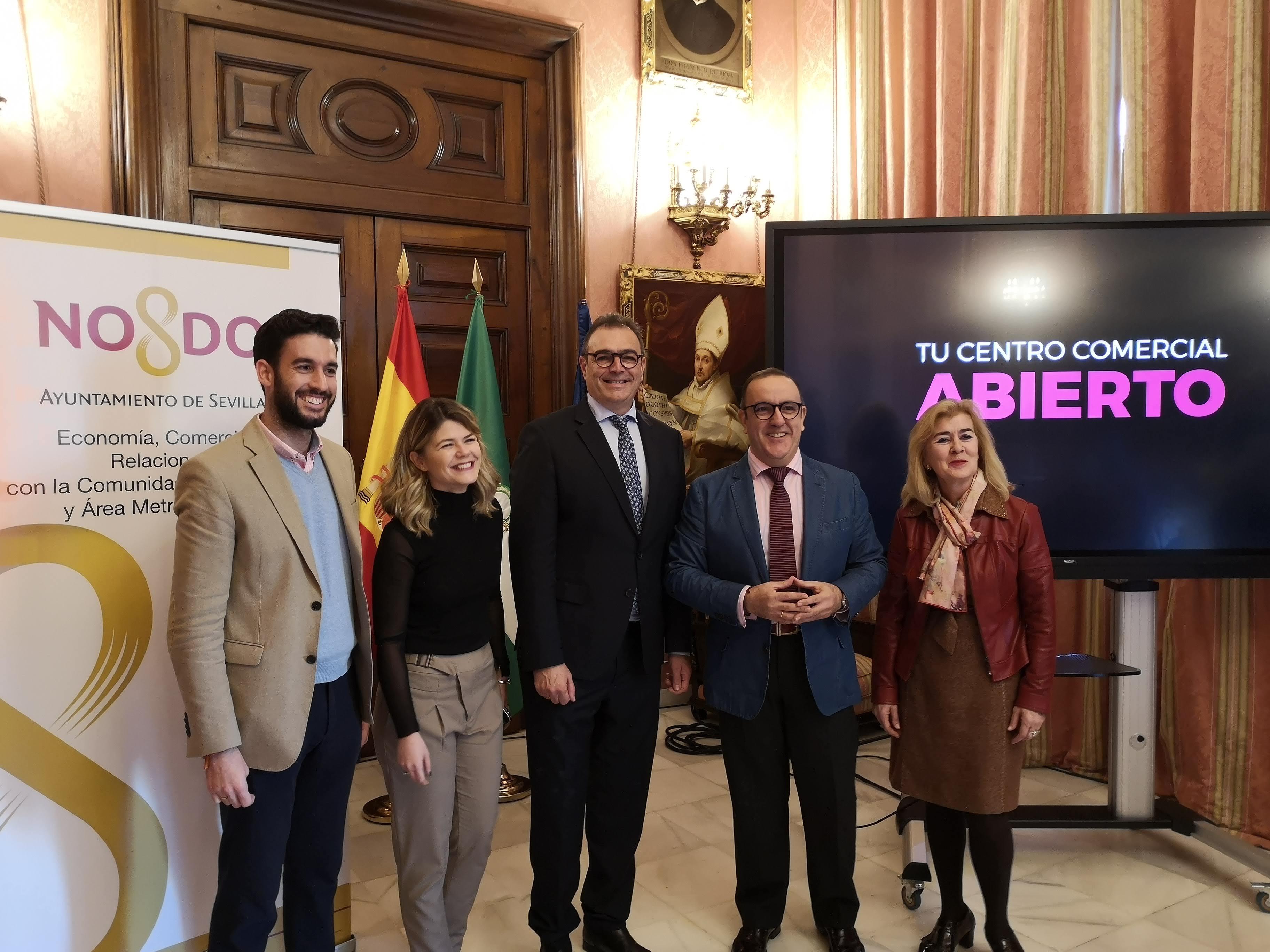 """'Alcentro' pone en marcha una campaña para promocionar el comercio """"de calidad y cercanía"""" en el Casco Antiguo de Sevilla"""