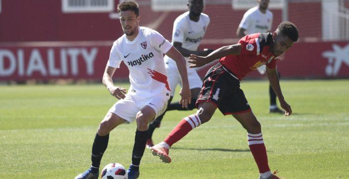 El gerenense Genaro cumple el sueño de debutar con el primer equipo del Sevilla