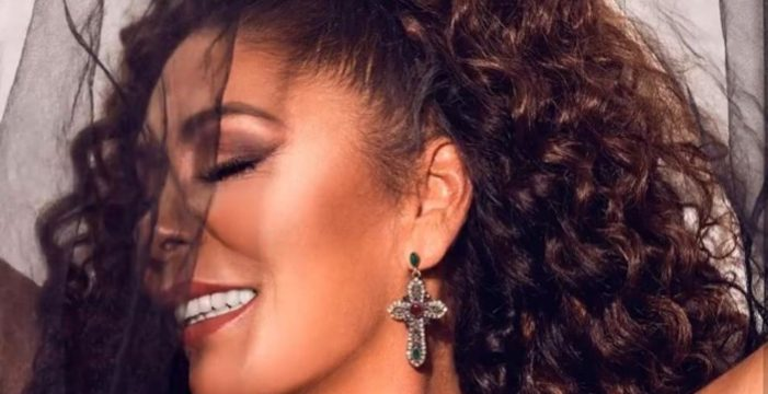 Isabel Pantoja anuncia nuevo disco con una imagen rompedora