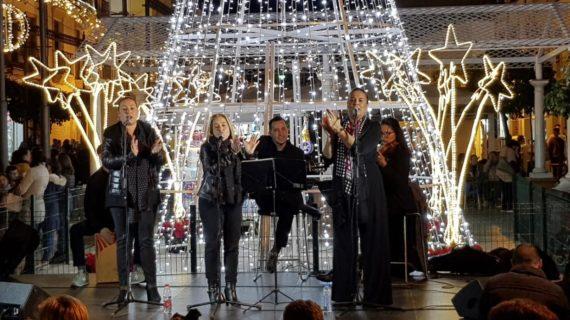 Las actividades en torno a las fiestas navideñas inundan las calles y plazas de Los Palacios y Villafranca
