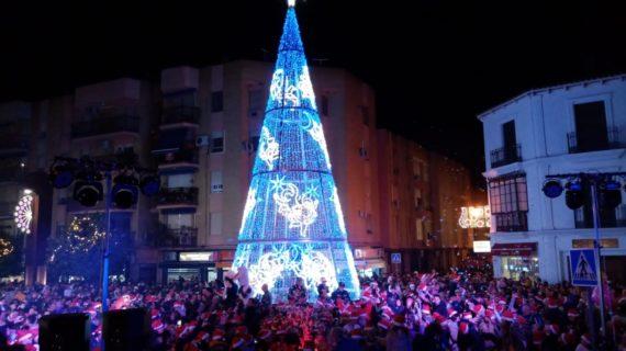 Más de 700.000 bombillas iluminan la Navidad en Alcalá de Guadaíra