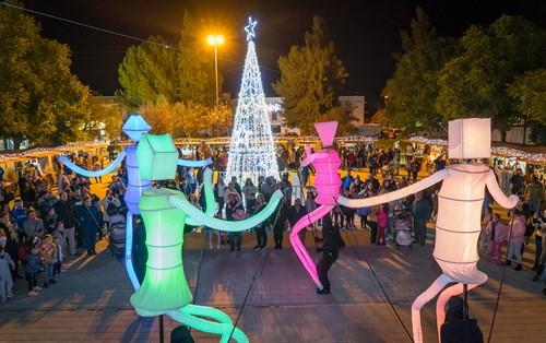 El mercadillo navideño de La Rinconada, un impulso al comercio local y al ocio en familia