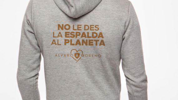 Álvaro Moreno anima a sus clientes a participar en unas jornadas ambientales