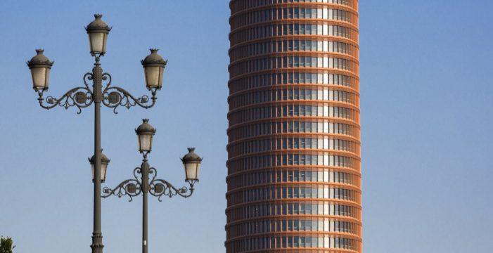 Torre Sevilla albergará el primer centro de recarga rápida en la capital andaluza