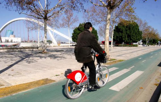 Una línea de carriles-bici unirá los pueblos del Aljarafe