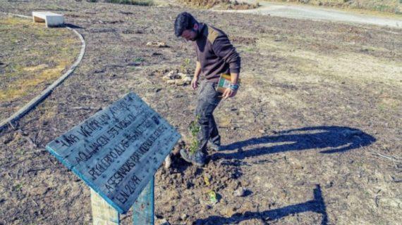 """Arahal planta árboles """"con nombre de mujer"""""""