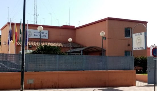 Un policía fuera de servicio en Alcalá detiene a un conductor ebrio
