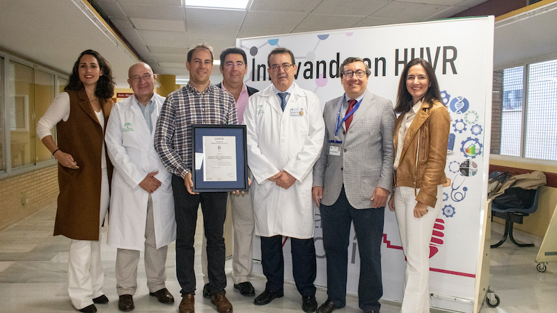 El Virgen del Rocío y el Instituto de Biomedicina de Sevilla revalidan el certificado que acredita su gestión en I+D+i