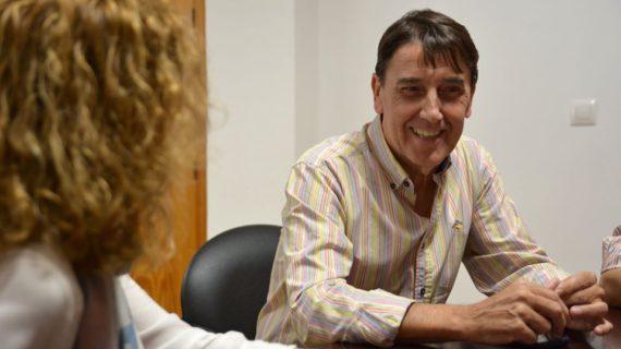 El autor Fely Perejón da nombre a un edificio cultural en Benacazón