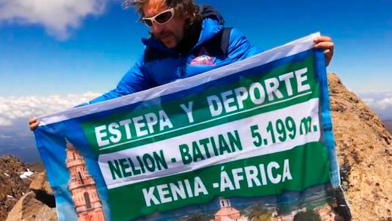 El estepeño José León conquista el monte Kenia