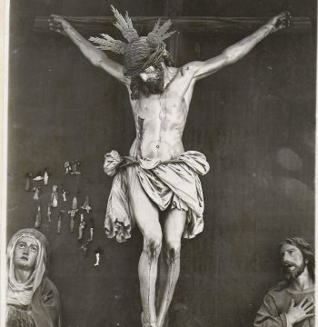 Una exposición muestra la evolución histórica del paso del Cristo de la Buena Muerte