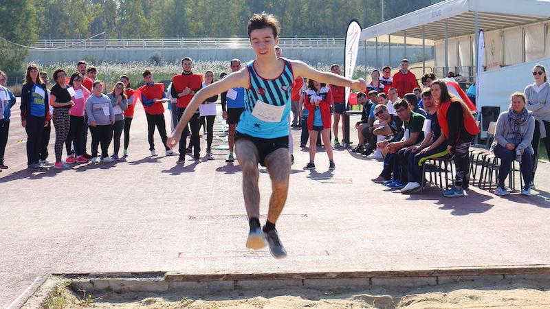 Cerca de un centenar de atletas de Special Olympics compiten en la UPO