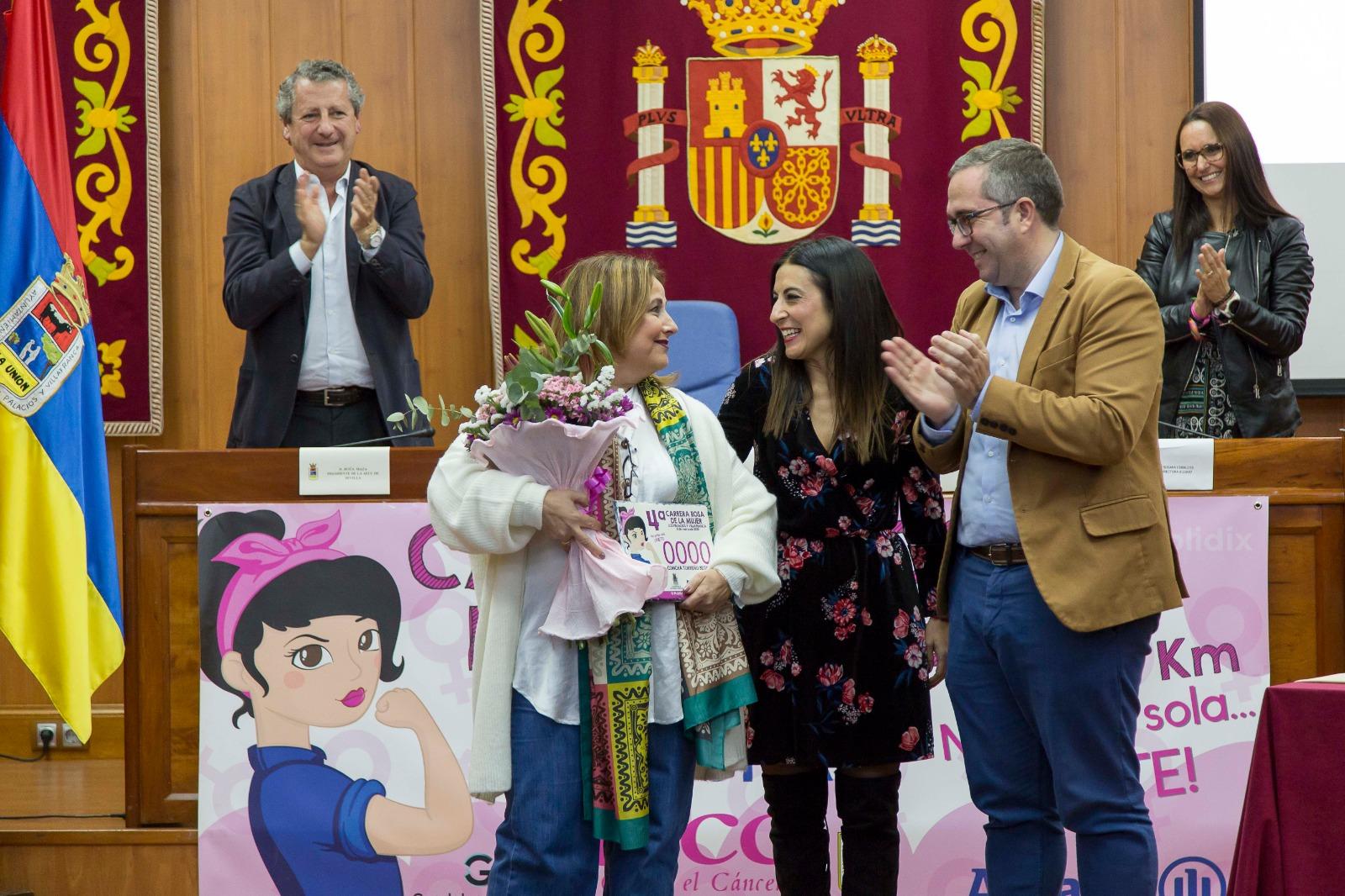 Los Palacios presenta su cuarta Carrera Rosa de la Mujer