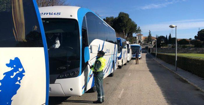 La mitad de los vehículos de transporte escolar controlados por la DGT esta semana han sido sancionados