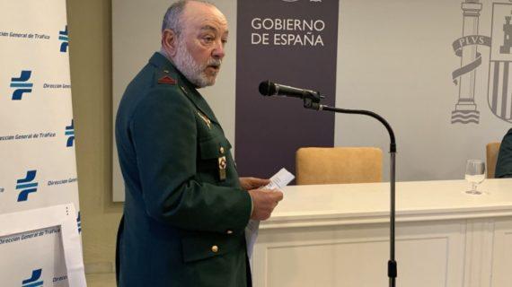 Entregan la Medalla al Mérito de la Seguridad Vial al guardia civil sevillano Antonio Luis Márquez