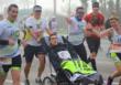 El médico sevillano que corre por las personas con discapacidad