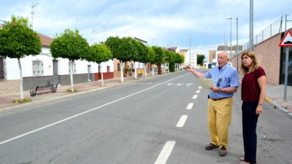 Unas obras evitarán inundaciones en la Avenida Virgen del Rocío de Benacazón