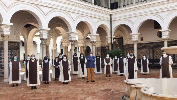Monjas jerónimas del convento de Santa Paula de la capital hispalense.