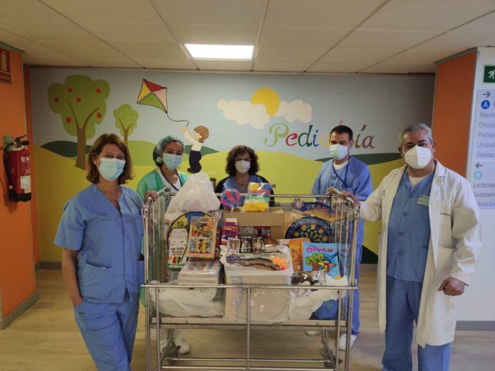 Iniciativa solidaria 'Sueños de Navidad' en el hospital Macarena.